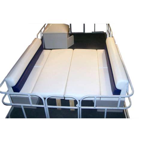 pontoon boat sleep picture 2