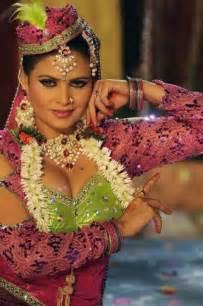 indian b grade actress sapna picture 1