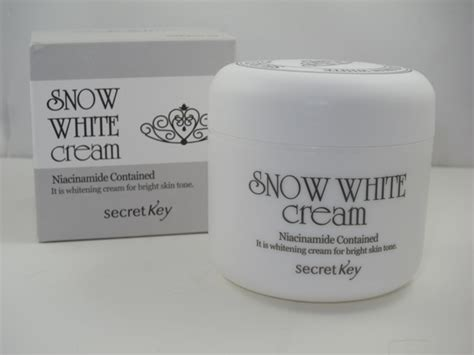 snow white international cream picture 5