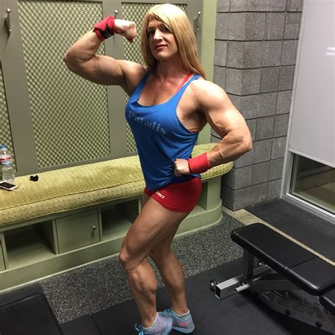 female muscle calves picture 3