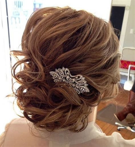 hairstyles for medium length hair for weddings picture 6