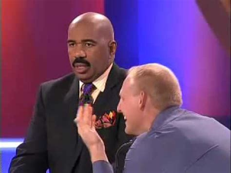 steve harvey is starting to get face wrinkles picture 13
