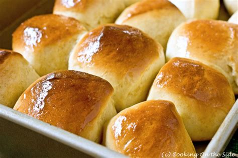 easy yeast rolls picture 4