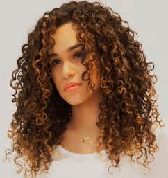 curly hair salon picture 10