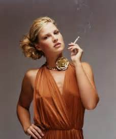 celebrity women that smoke picture 3