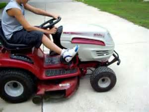 white smoke in lawn mower why picture 13