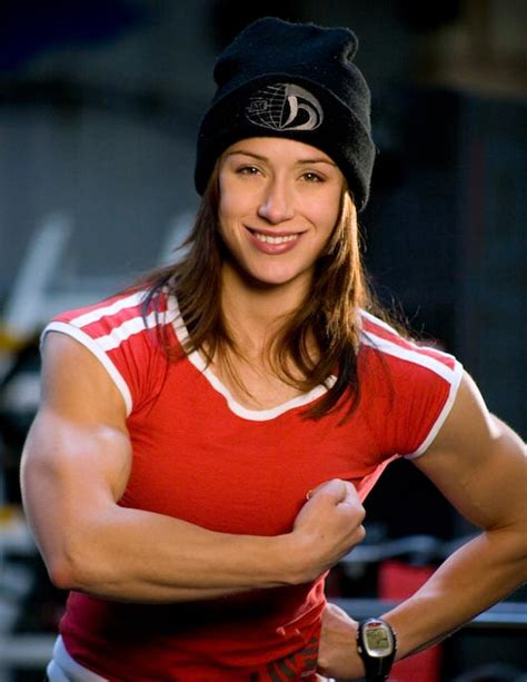 women with muscle picture 3