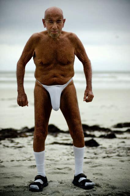 male stripper ridiculous picture 2