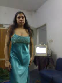 fat indian aunty sex pics picture 21