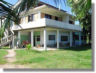 oficina de governacion de trujillo colon honduras ca. picture 5