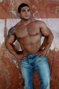 muscular arab men picture 7