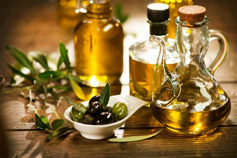 benefits of olive oil to skin picture 1