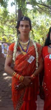men crossdressing in saree story picture 15