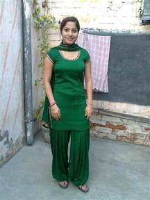 pakistani girls tight salwar body visible picture 10