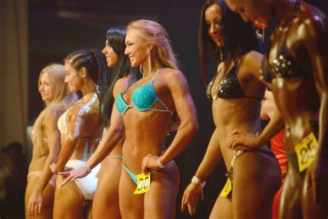 women growing muscle picture 2