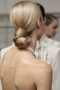 Beautiful wedding hair buns picture 1
