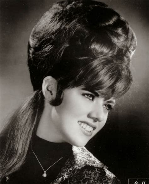 teased hair in 1960's picture 2
