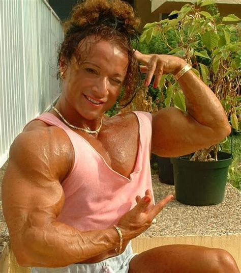 colette guimond female muscle picture 14