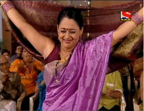 tamil real hot aunty hair arms picture 1