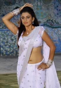 saree drop navel show womens picture 1