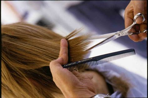 best time for hair cutting picture 9