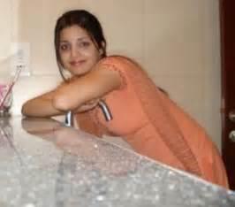 aunty ko karachi me choda picture 2