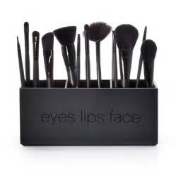 Eyes lips face cosmetics picture 3