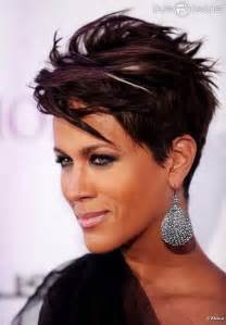 short hair cuts women picture 7
