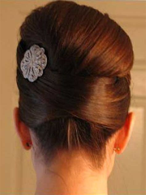 smooth sleek sexy glam prom hair picture 15
