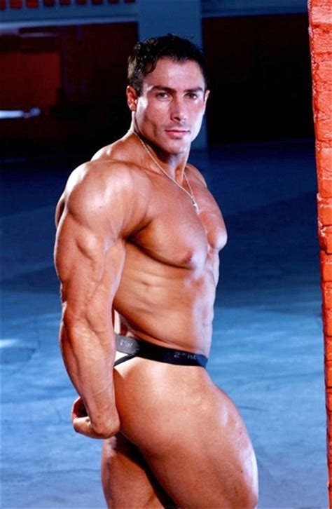 andy travers musclehunks picture 2
