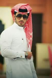 qatar men picture 2