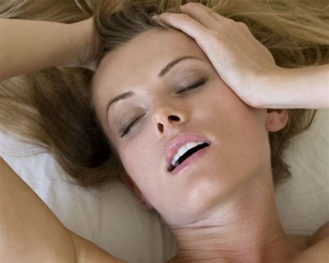 woman after male pre ejaculation 3gp picture 5
