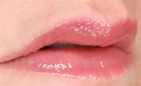 feel my lips picture 19