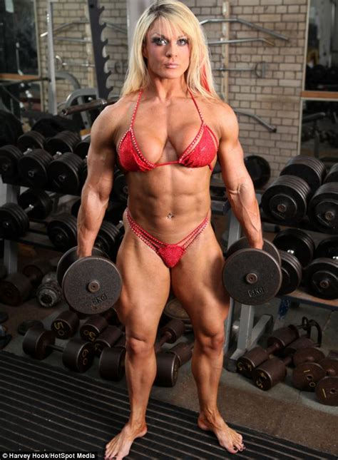 hot female muscle picture 10