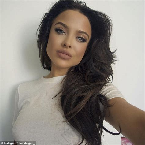 angelina joli lips are they real picture 5