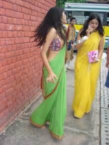 desi saree aunty smoking picture 14
