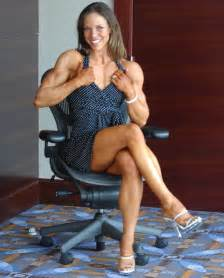 muscular women picture 17