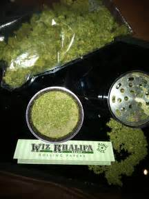 how to roll a joint wiz khalifa's way picture 3