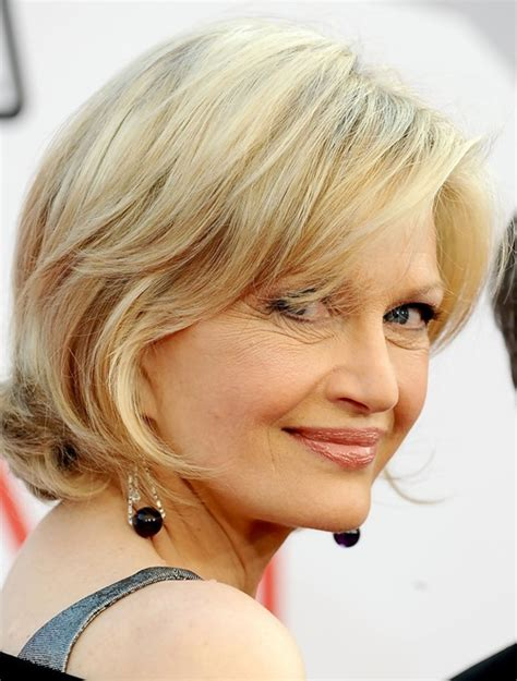 hairstyles for women over 40s picture 7