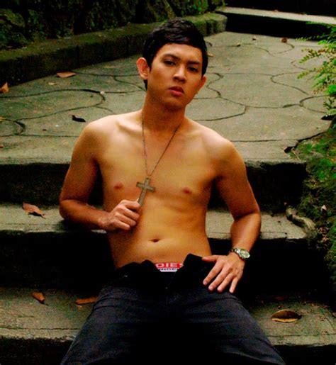 chupaan men to men pinoy picture 9