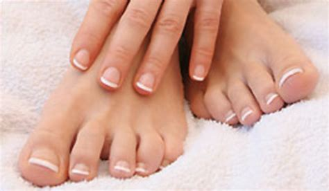 clear feet nails picture 5