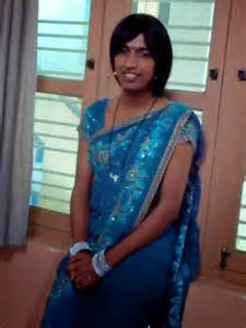 desi story of men crossdressing in saree picture 1