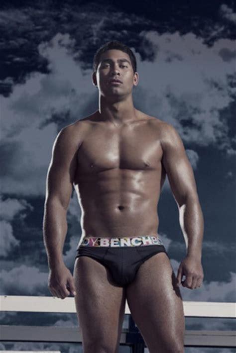 pinoy men body expose picture 5