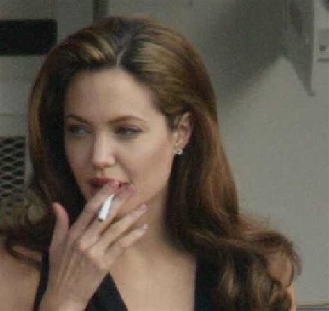 which celebrities smoke picture 15