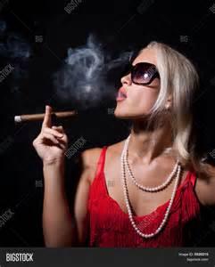 elegant smoking women picture 11