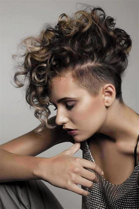 curly hair cuts picture 10