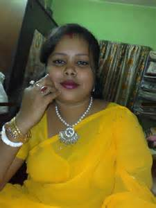 indian real life aunty search picture 9