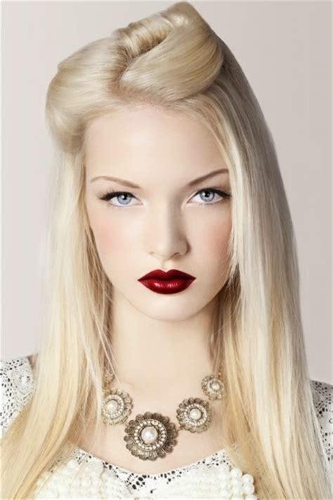 femei blonde care se fute bine picture 7