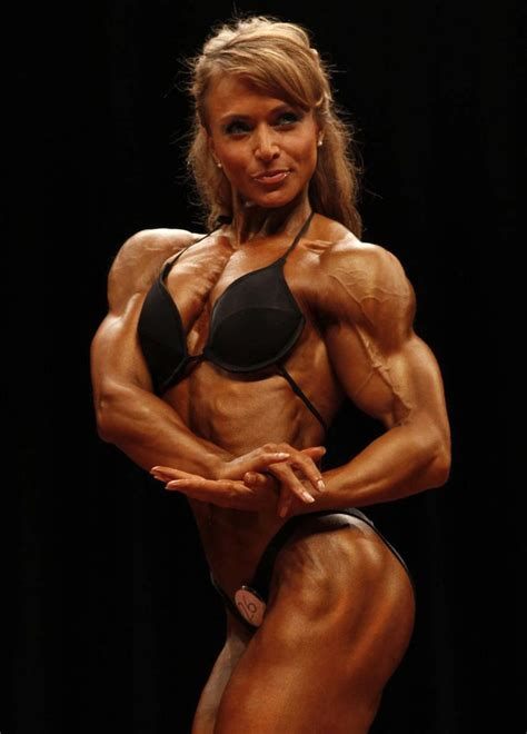 females with muscles strangle women and men picture 1