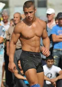pics - young males' natural under bulges picture 11